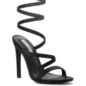 Can U Say HOT? Suzzy Stiletto Heel Sandals NEW